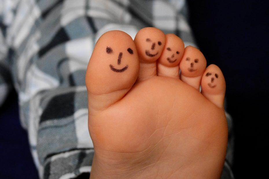 feet, ten, barefoot